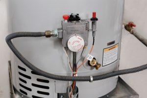 varmtvandsbeholder montering pris